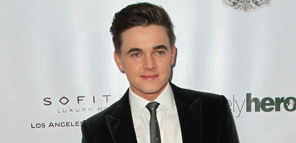 Jesse Mccartney Biography, Age, Weight, Career And Net Worth